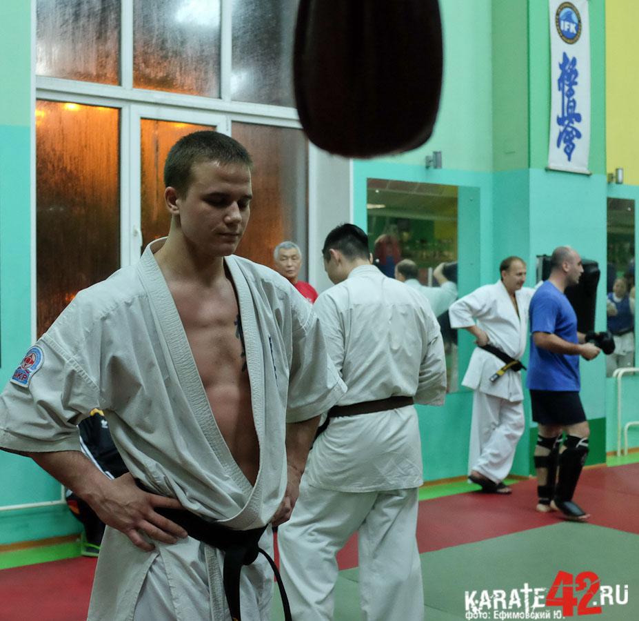 лучшие фото бойца кекусинкай лето
